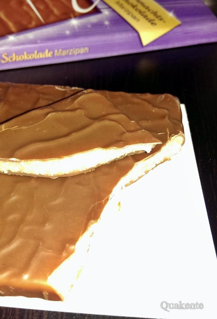 Milka Weihnachtschokolade Marzipan